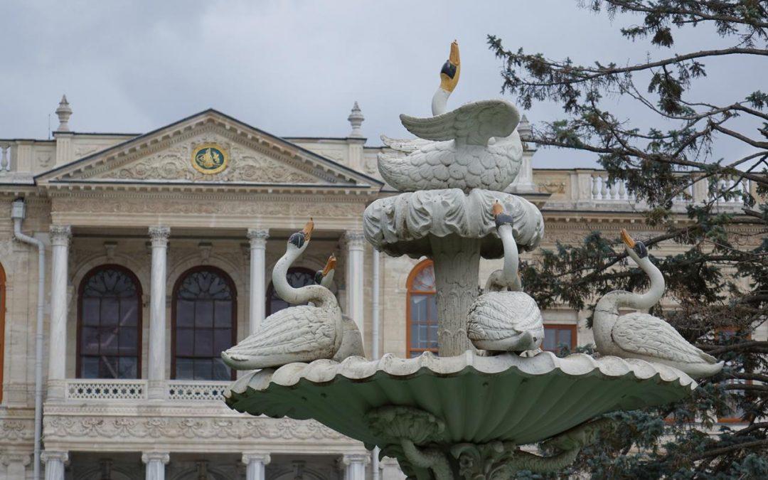 Visita del Palacio Dolmabahce en Estambul en Turquía